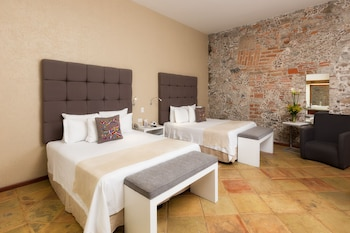 Enter your dates for our Puebla last minute prices