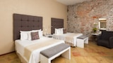Book this Free Breakfast Hotel in Puebla