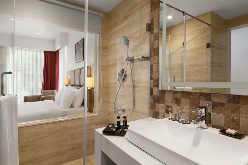 Deluxe Room, 1 Twin Bed, Non Smoking - Bathroom