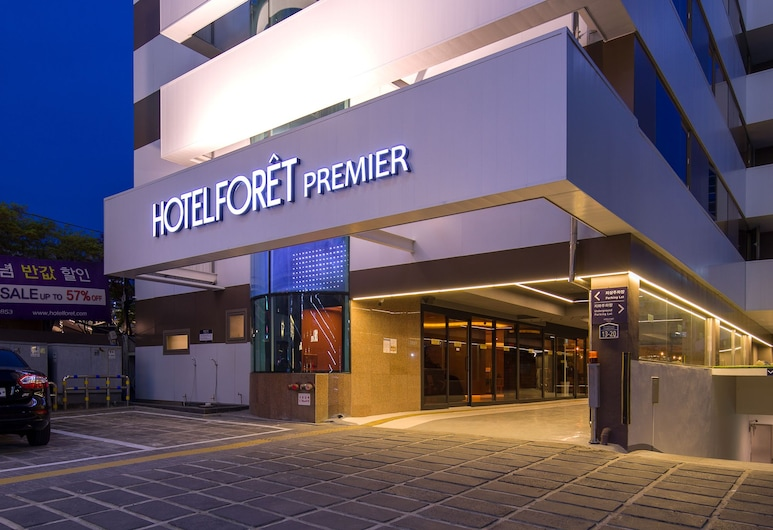 Hotel Forêt Premier Haeundae, Busan, Hadapan Hotel - Petang/Malam