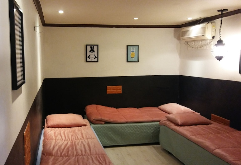 OppaHostel, Seoul, Family Room (6 Person), Bilik Tamu