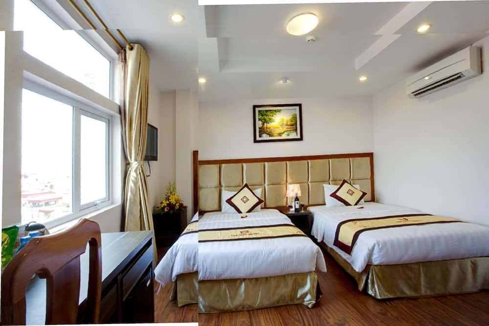 Deluxe Room, 1 Twin Bed - Living Room