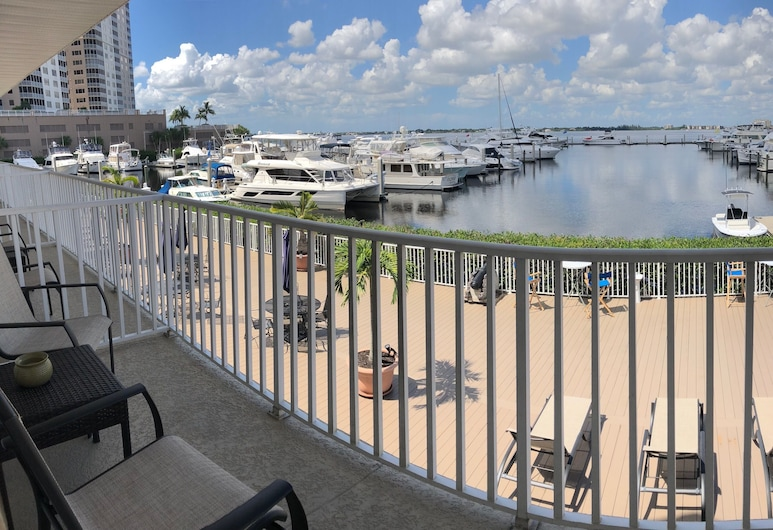 Legacy Harbour Hotel & Suites, Fort Myers