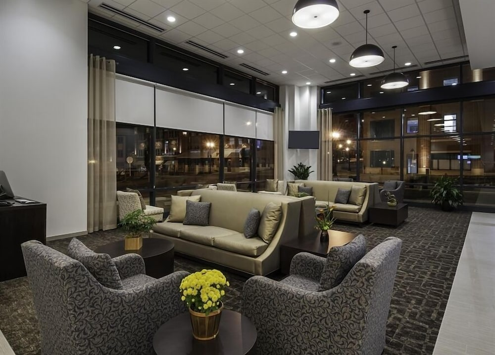 Kent State University Hotel And Conference Center Interior Entrance