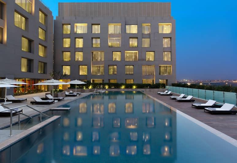 Holiday Inn New Delhi International Airport, New Delhi, Utomhuspool