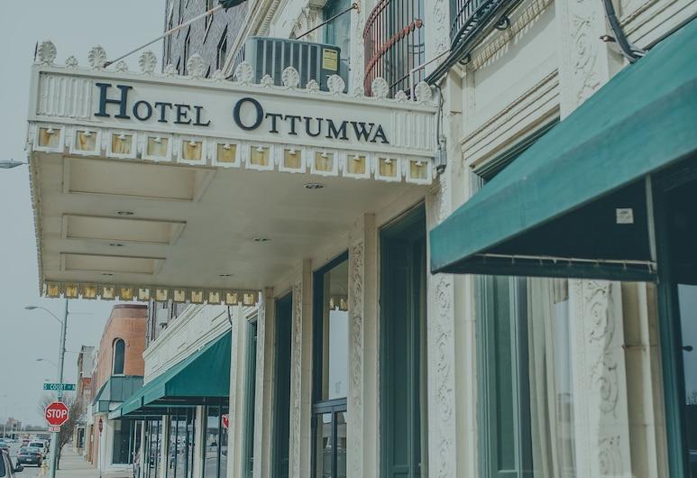 Hotel Ottumwa, Ottumwa, Hotel Front