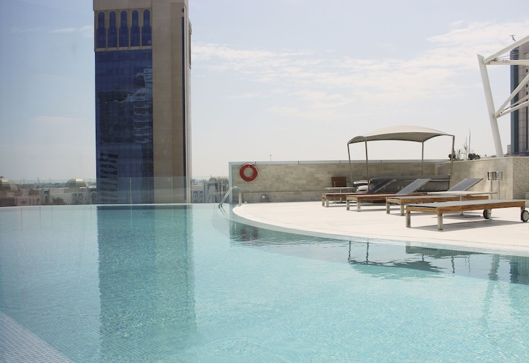 Ramee Grand Hotel & Spa, Manama, Pool