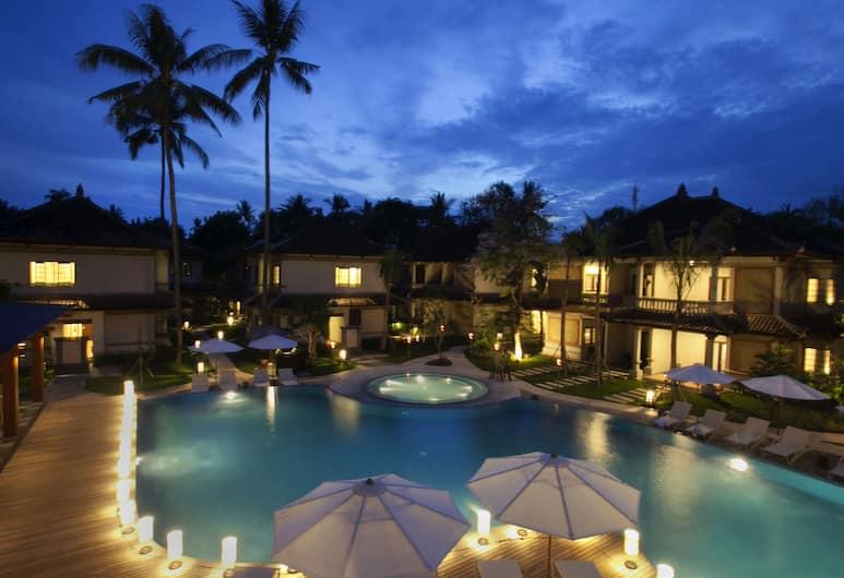 Grand Whiz Hotel Nusa Dua, Nusa Dua