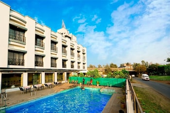 Picture of Hotel Aristro in Pune