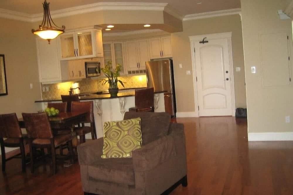 One Bedroom Condo - Living Room