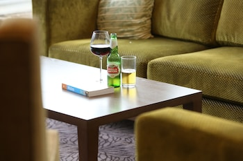 Enter your dates to get the Pontypool hotel deal