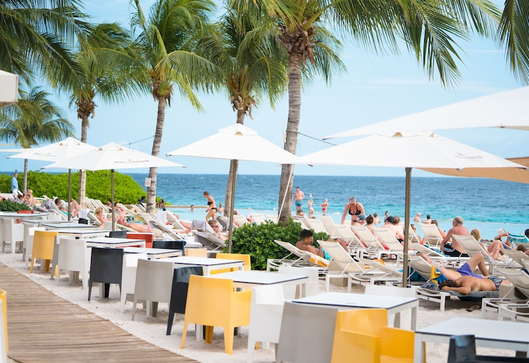 Papagayo Beach Hotel, Jan Thiel, Infinity Pool