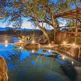 Kuname Lodge