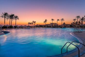 תמונה של Cleopatra Luxury Resort Makadi Bay  במפרץ מכאדי