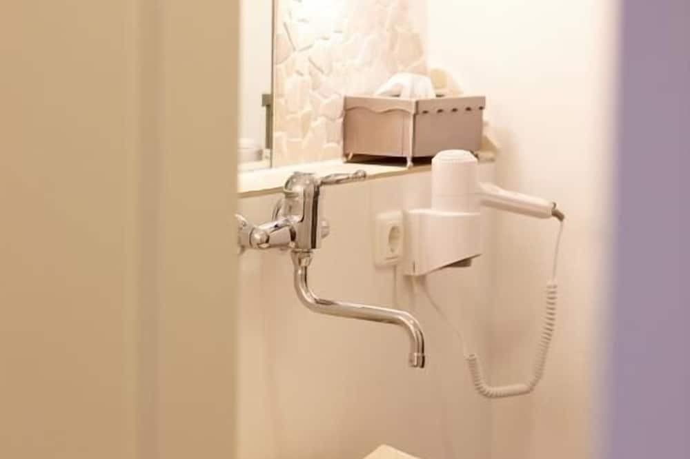 ห้องคอมฟอร์ทดับเบิล - อ่างล้างมือ