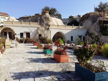 Picture of Ortahisar Cave Hotel in Nevsehir