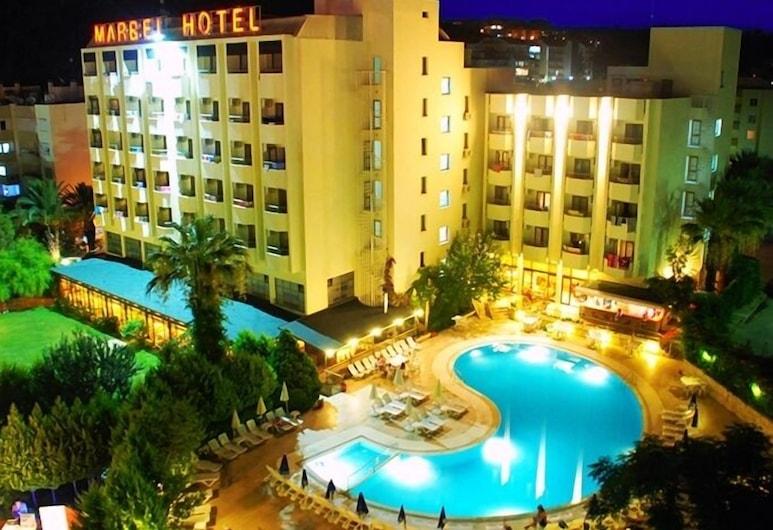 Marbel Hotel by Palm Wings, Kusadasi, Hadapan Hotel - Petang/Malam