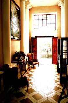 Cricklewood Manor