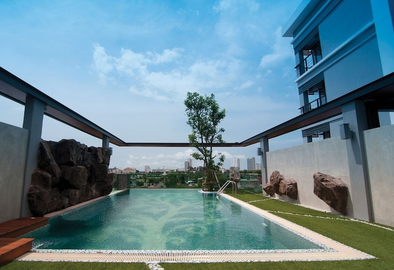 Le Vernissage Hotel, Pattaya, Hồ bơi ngoài trời