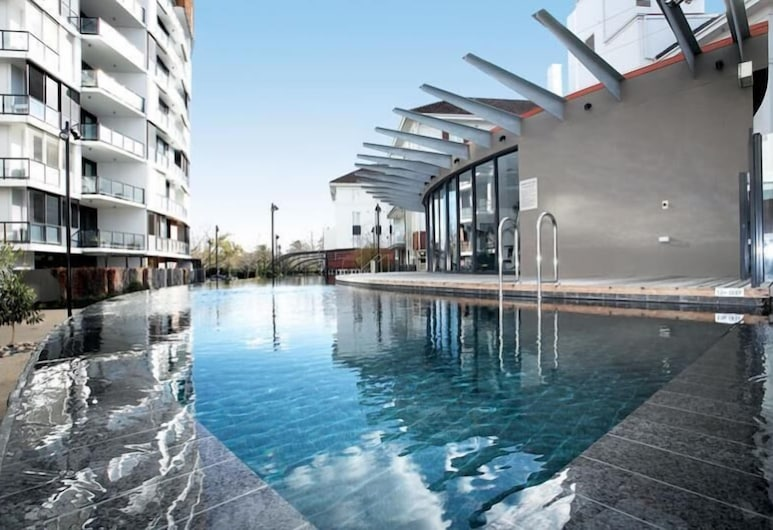 Astra Apartments - St Kilda Rd, Melbourne