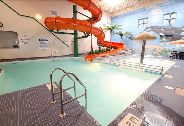 Canad Inns Destination Centre Garden City, Winnipeg, Waterslide