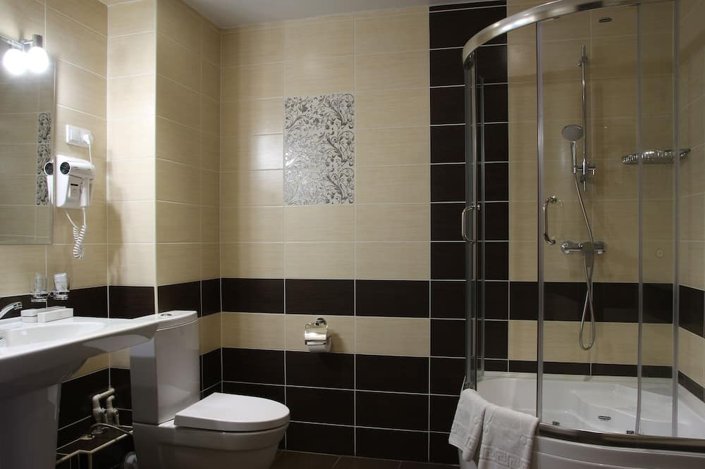 Apartmán, kuchyně - Koupelna