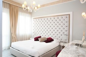 Milano bölgesindeki Luxury Suite Milano Duomo resmi