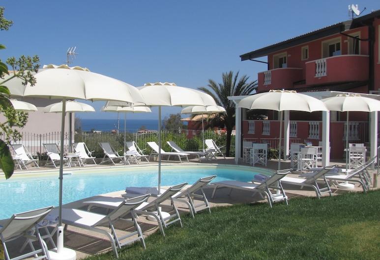 Hotel Borgo di Santa Barbara, Ricadi, Kolam Terbuka