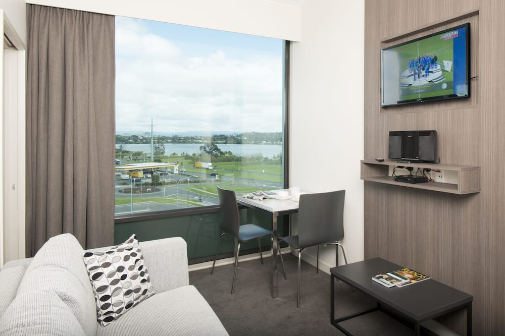 Business Apartment, 1 Bedroom - Living Area