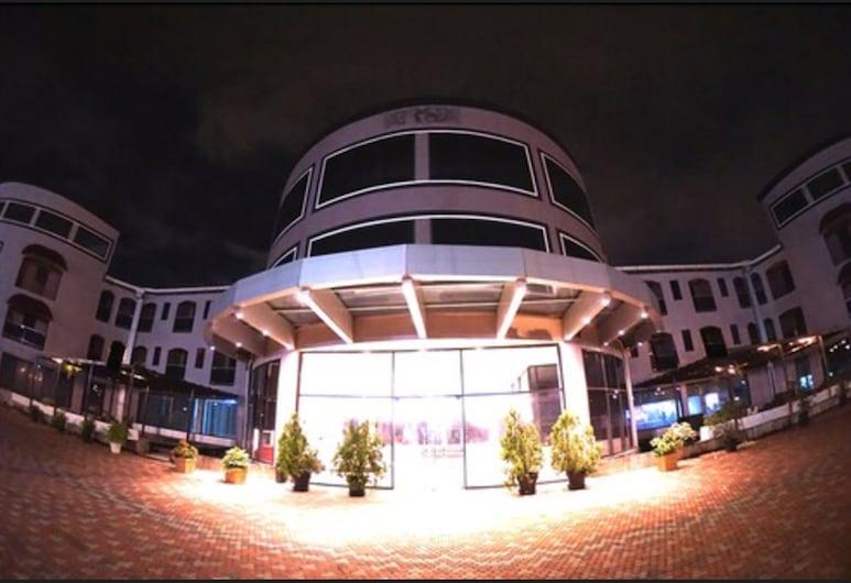 Regent Star Hotel, Piarco, Hotelfassade