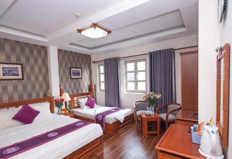 Lexington Hotel, Ho Chi Minh City, Deluxe Triple Room, Guest Room