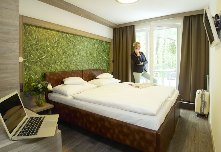 HB1 Hotel Wien Schönbrunn, Vienna, Standard Room, Bilik Tamu