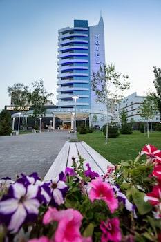 Foto van Atlantic Garden Resort in Odessa