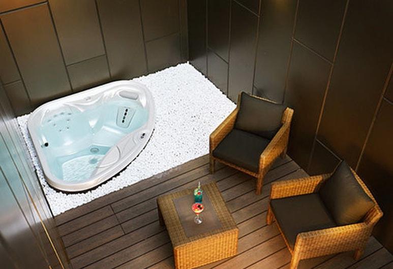 Boutique Hotel Lacky, Daejeon, Suite Royal (No Jacuzzi use Oct '20-Jun '21), Bathtub Bertekanan Udara