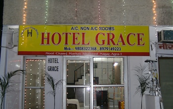Choose This 3 Star Hotel In Agra