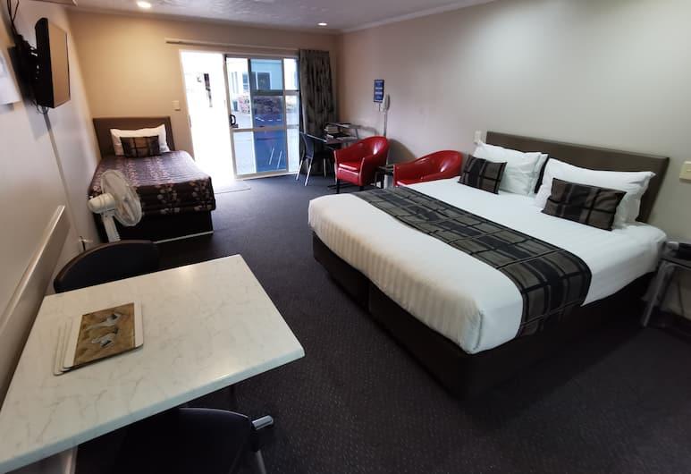 Capri on Fenton, Rotorua, Executive Twin Studio, Guest Room