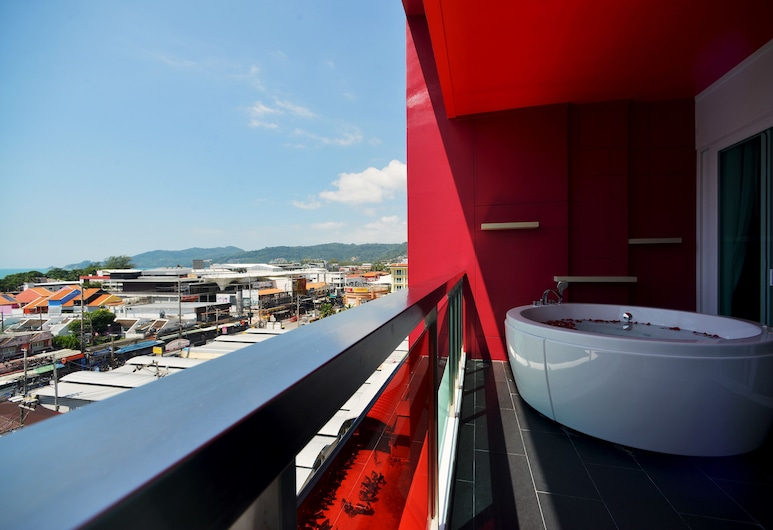 SLEEP WITH ME HOTEL design hotel @ patong, Patong, Suite, Ausblick vom Zimmer