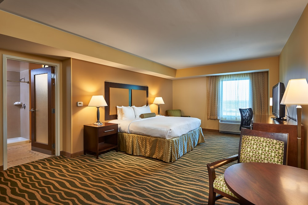Kickapoo Lucky Eagle Hotel P