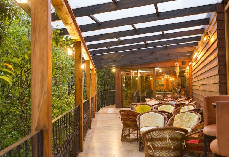 Savegre Hotel Natural Reserve & Spa, Páramo, Hotelový salonek