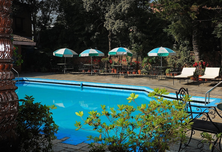 Hotel Greenwich Village, Lalitpur, Outdoor Pool