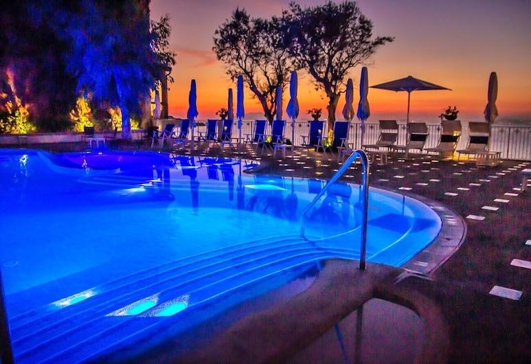 Grand Hotel Riviera, Sorrento, Exterior