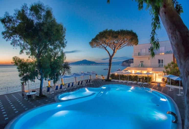 Grand Hotel Riviera, Sorrento, Outdoor Pool