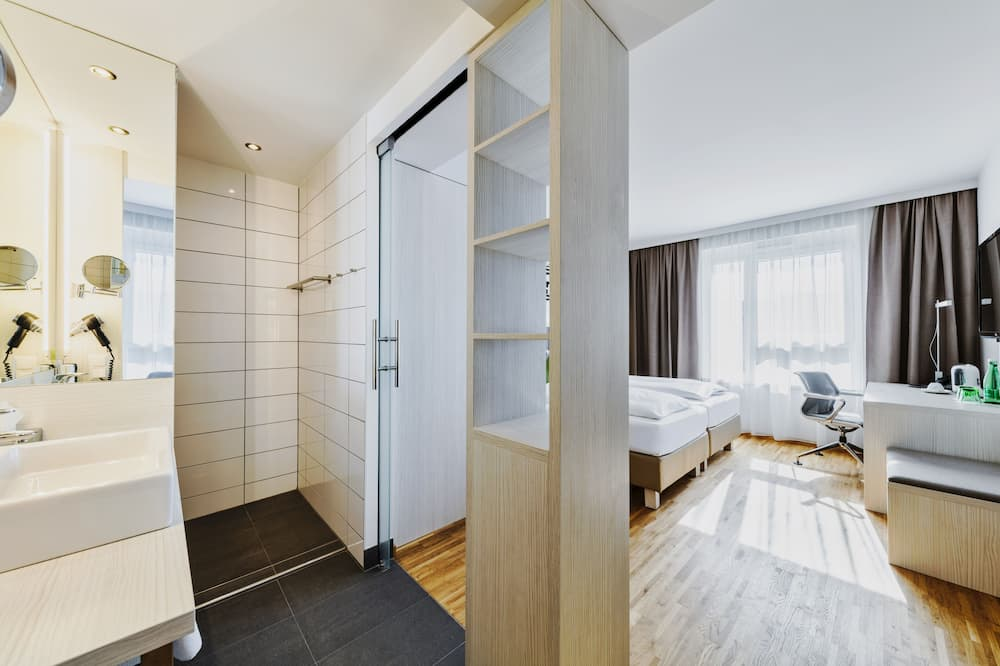 Deluxe Room (with Air Conditioning) - Living Area