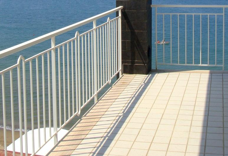 Riviera Spineta, Battipaglia, Pokój dla 3 osób Comfort, balkon, nad oceanem, Pokój