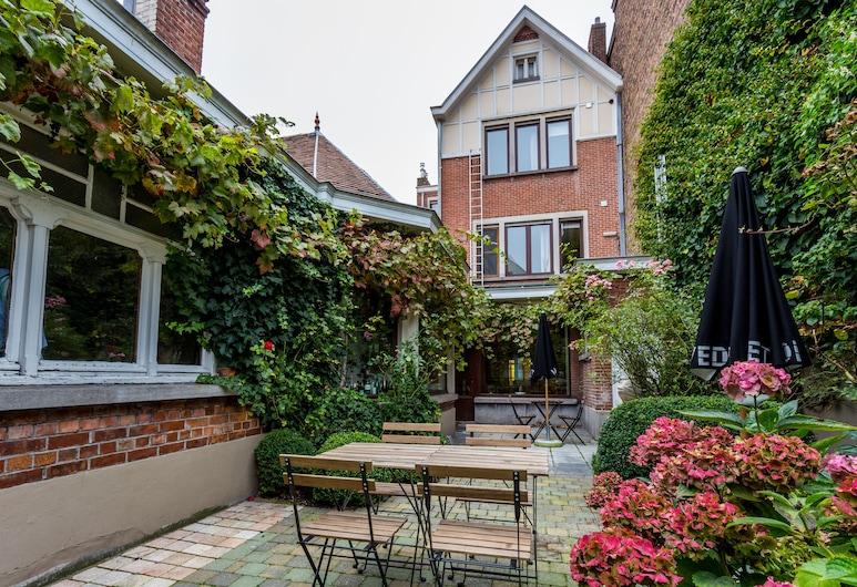 Hotel Bla Bla, Bruges, Teres/Laman Dalam