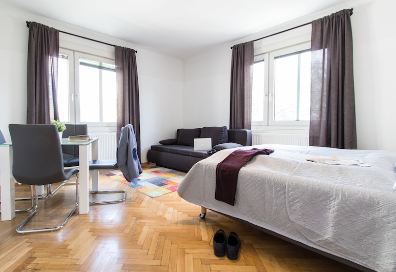 CheckVienna – Apartment Kroellgasse, Vienna, Family Apartment, Room