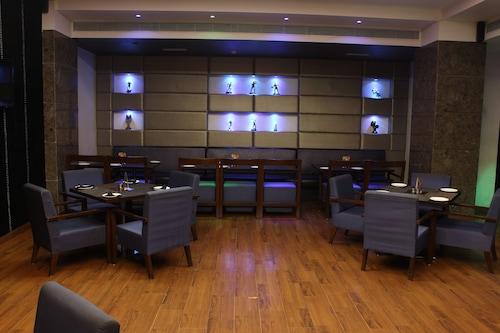 阿姆利則亨博爾酒店/
