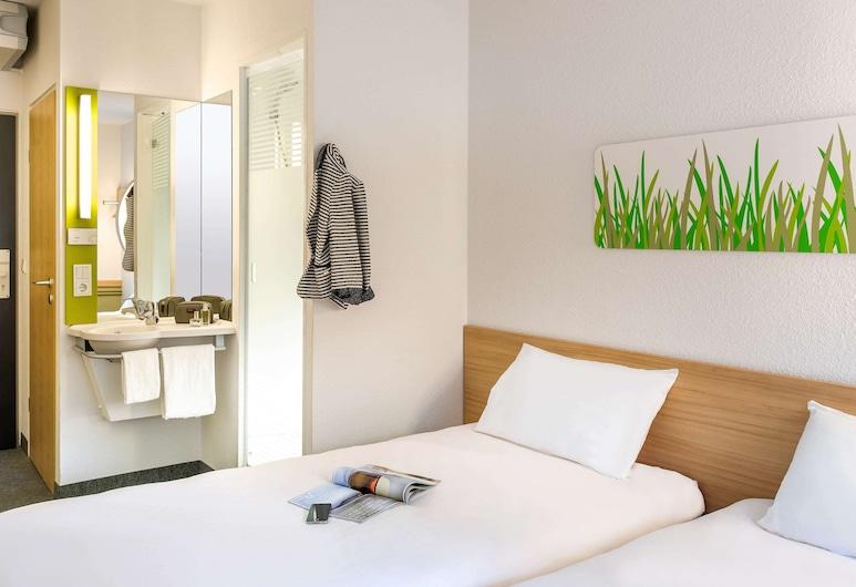 Ibis Budget Liège, Lüttich, Doppelzimmer, Mehrere Betten, Zimmer