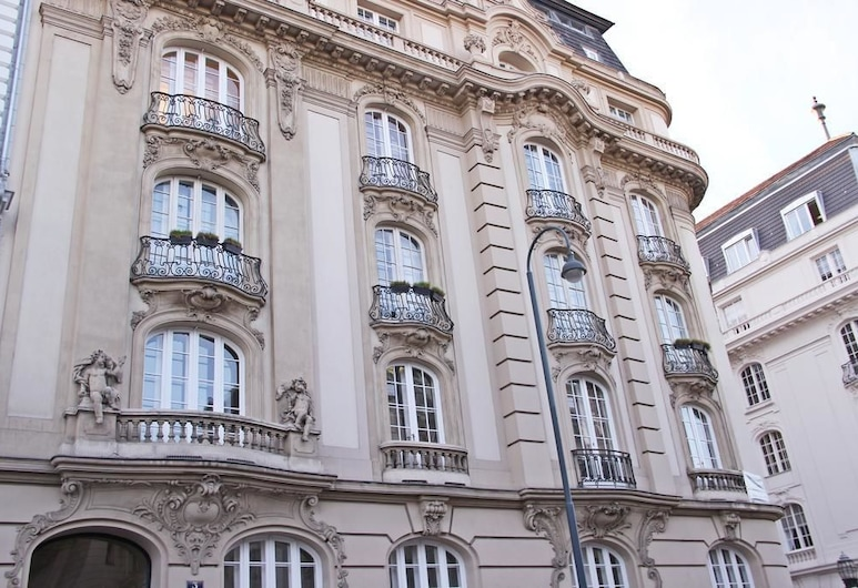 Hotel Pension Museum, Viena, Fachada do hotel