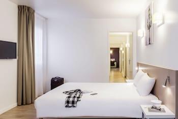 克利希漫步巴黎克利希阿德吉奧阿克瑟斯公寓酒店的圖片
